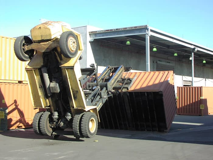 tipos de container acidente forklift