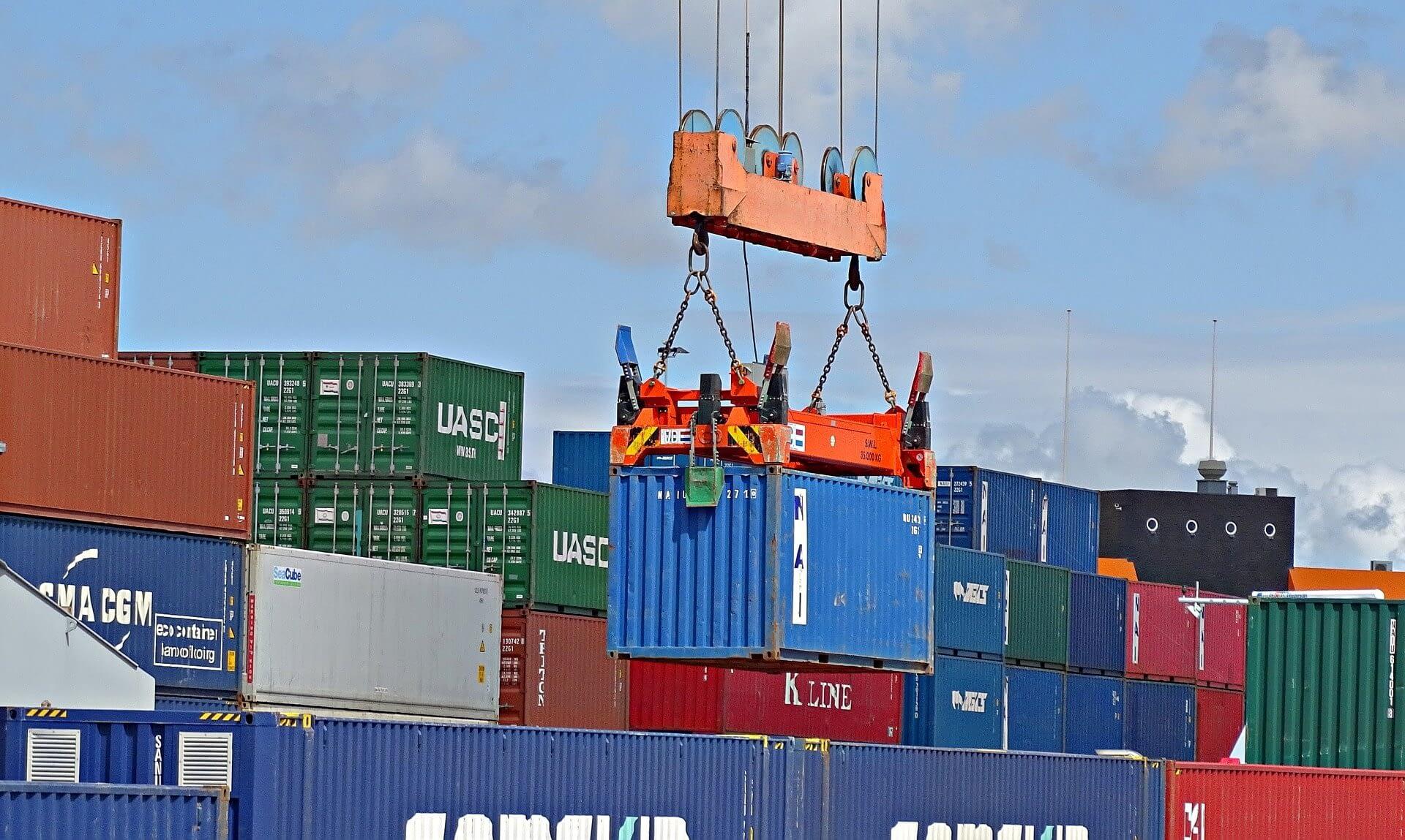 container comércio exterior